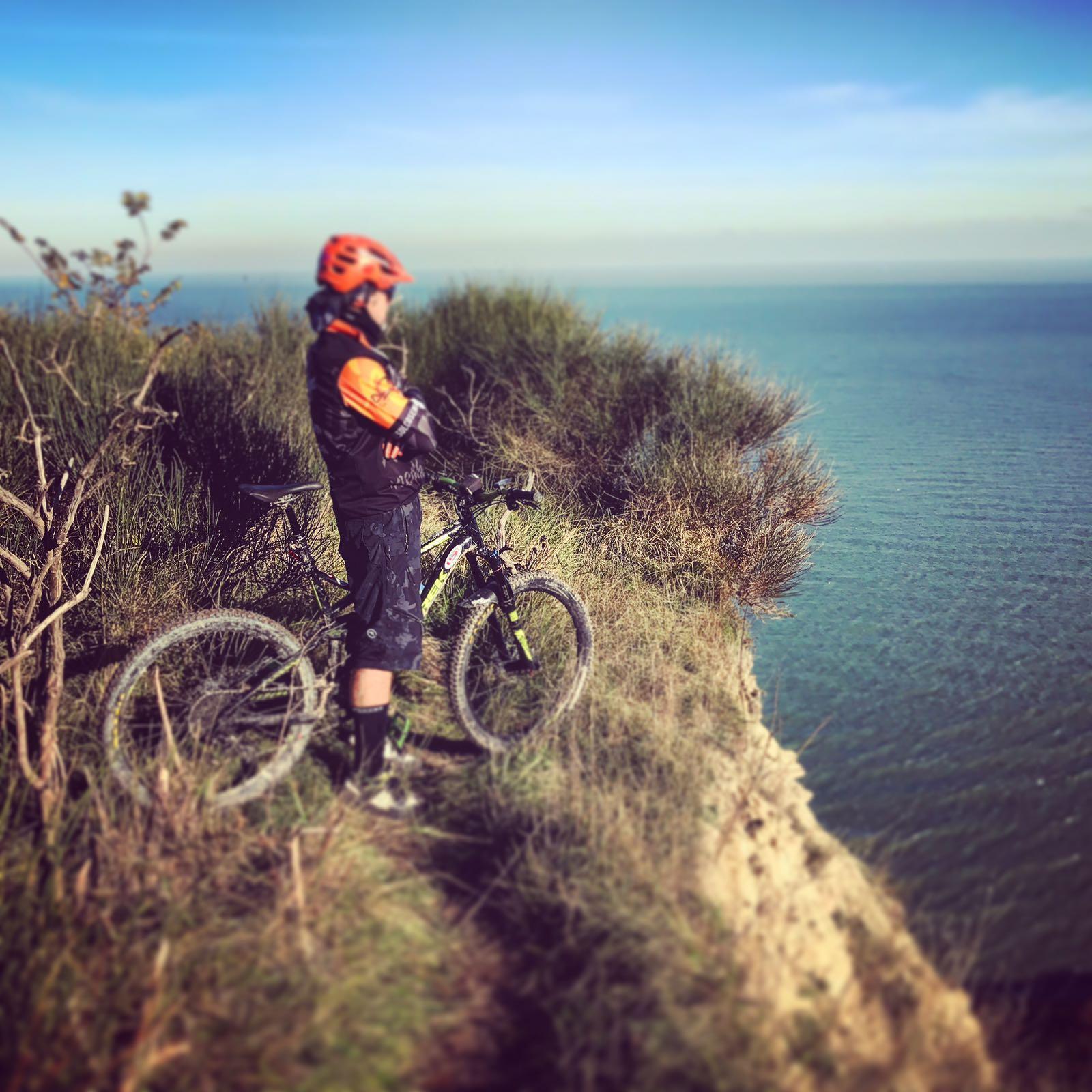 tour MTB riccione monte san bartolo bici elettrica